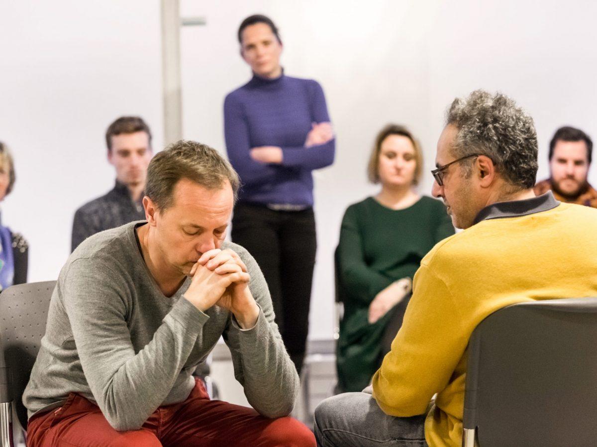 ARCHE Centre de formation a l'hypnose dirige par Kevin Finel 27 Rue Fontarabie 75020 Paris Photo © Victor Tonelli  Credit Obligatoire